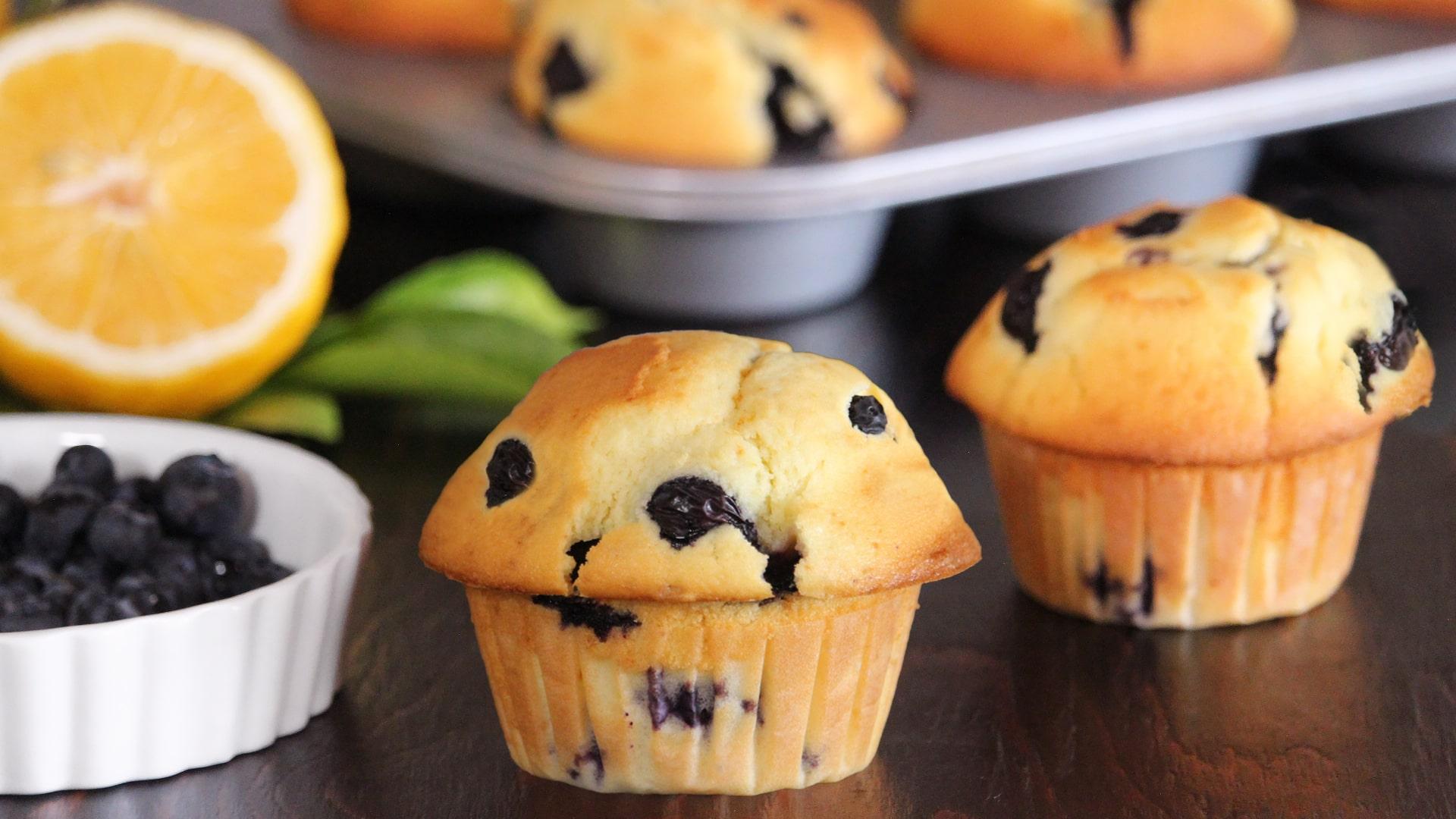muffin blueberry lemon